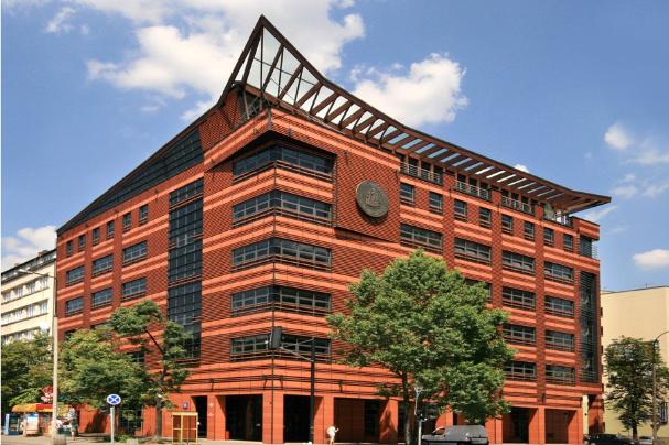 Najnowszy budynek SGH. Podobno powód ogromnego zadłużenia uczelni.