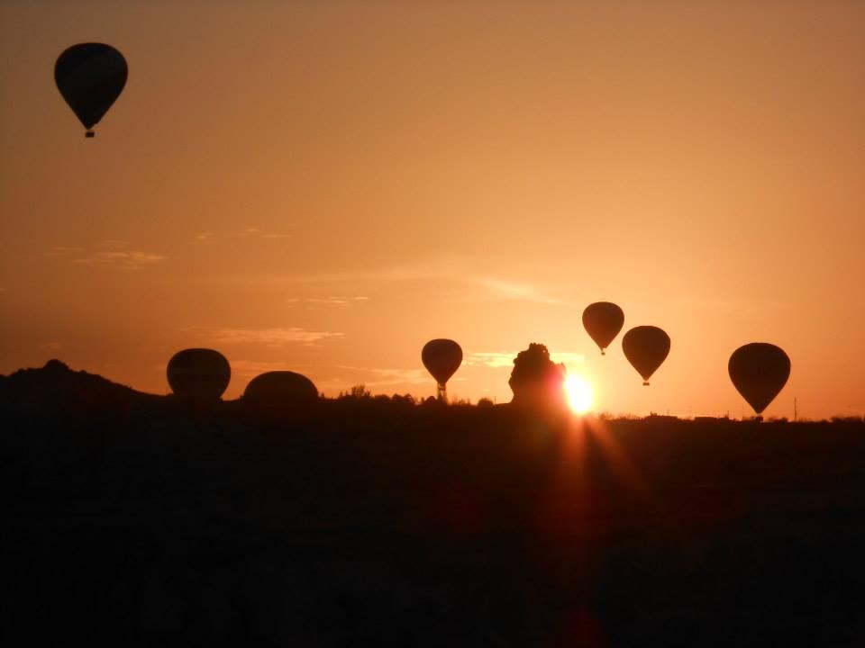 Wschód słońca w Kapadocji