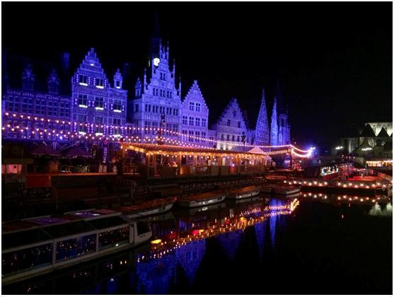 Historyczne centrum miasta w trakcie Gentse Feesten (fot. autor)