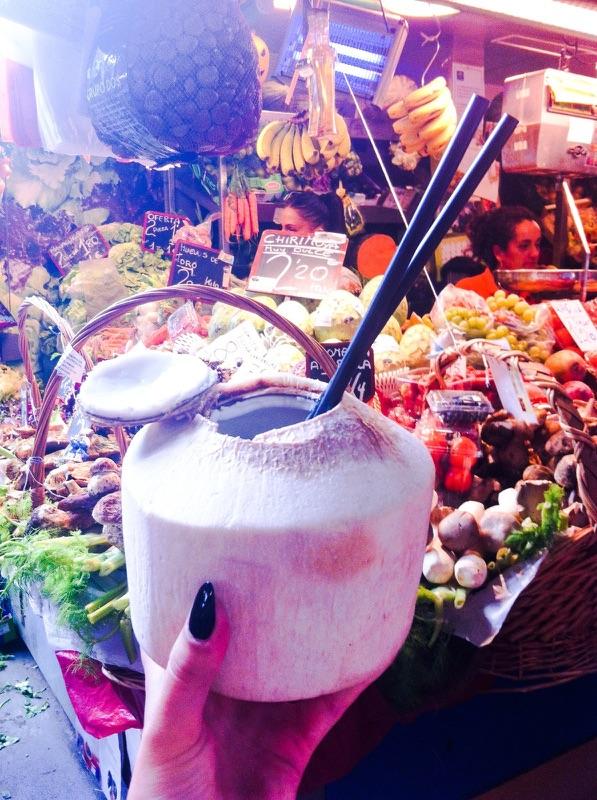 Rynek w Maladze i świeżutkie jedzenie, Źródło własne autora