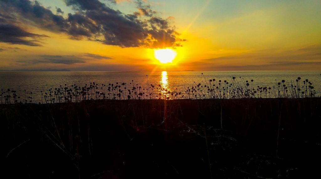 Oglądanie zachodu słońca i picie Sangrii, źródło: zbiór własny