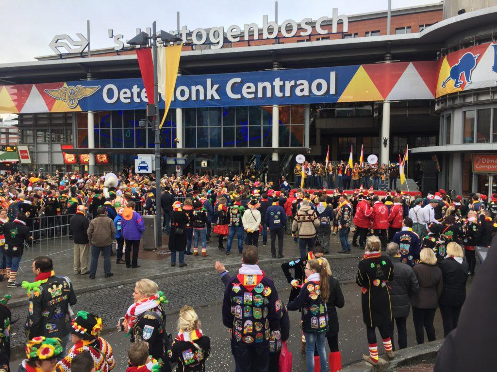 Parada podczas karnawału, źródło: własne